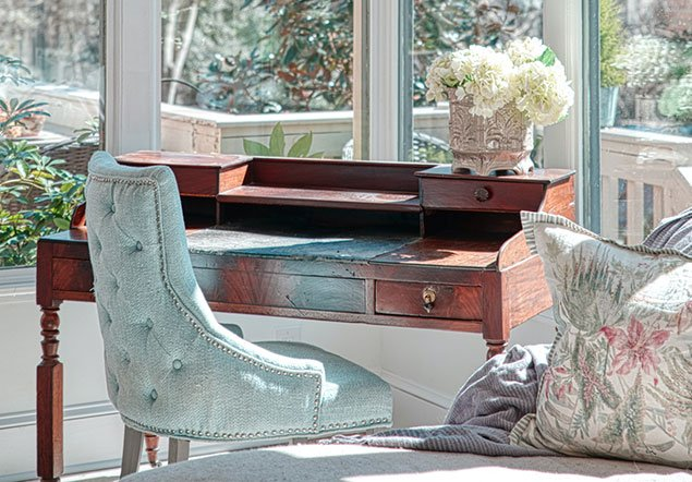 Tanglebrook Side chair and table interior design