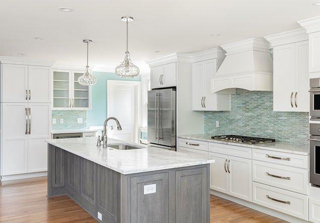 Willow Lawn Kitchen Island Interior Design